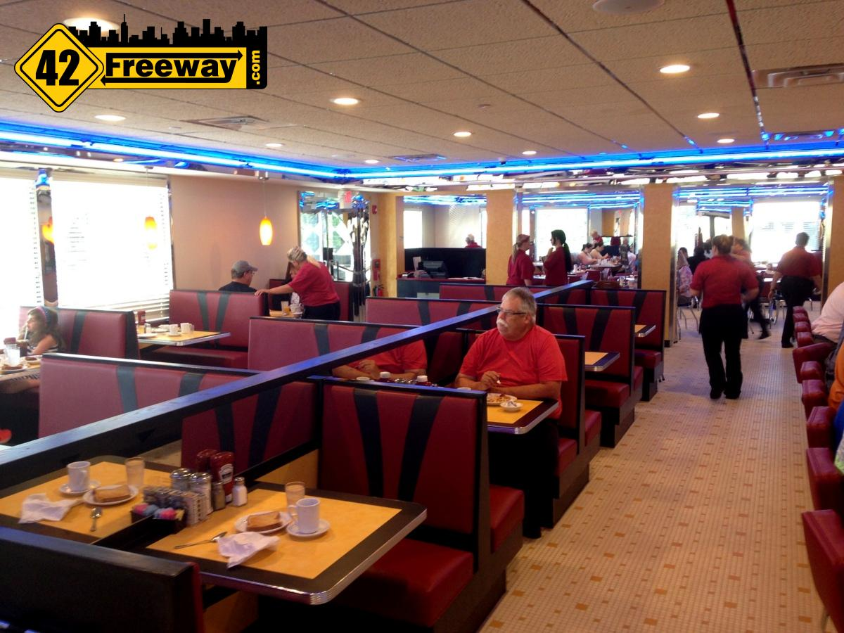 First look inside brooklawn diner 12 interior photos for Diner picture