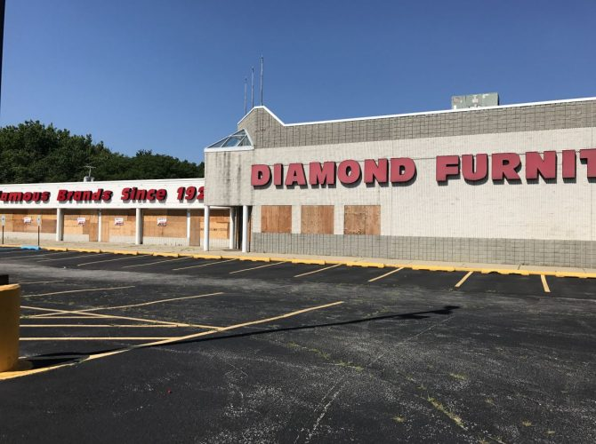 Caliber Collision Moving In To Diamond Furniture Building Turnersville