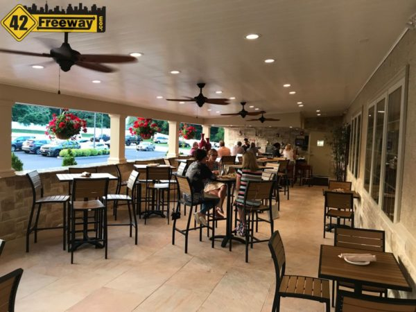 Filomena's Lakeside Deptford Patio Bar