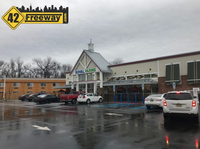 Royal Farms Gloucester City NJ Is Open.  Photos And Video Commentary