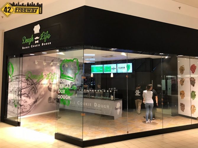 Dough Life Opens In Deptford Mall
