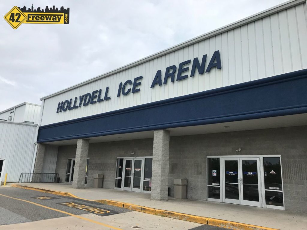 Hollydell Ice Arena Bar