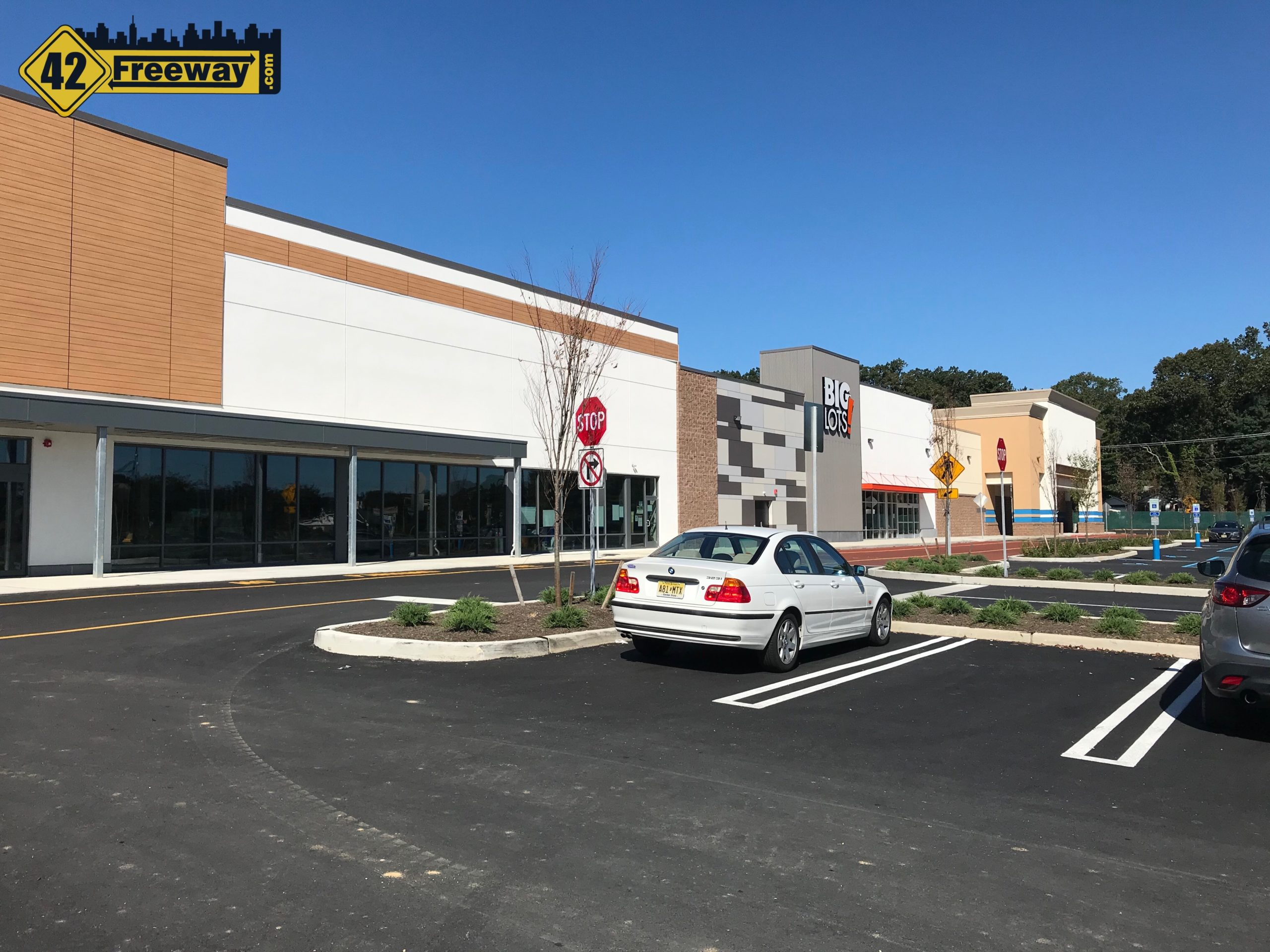 Glassboro 47: New Big Lots Opens October 1st. Ross Opens Later. LIDL a Ways To Go.  Save-A-Lot Closing!