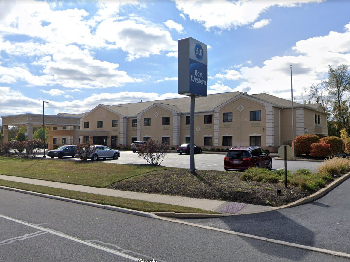 Williamstown Best Western Starts Expansion. To Become Holiday Inn Express