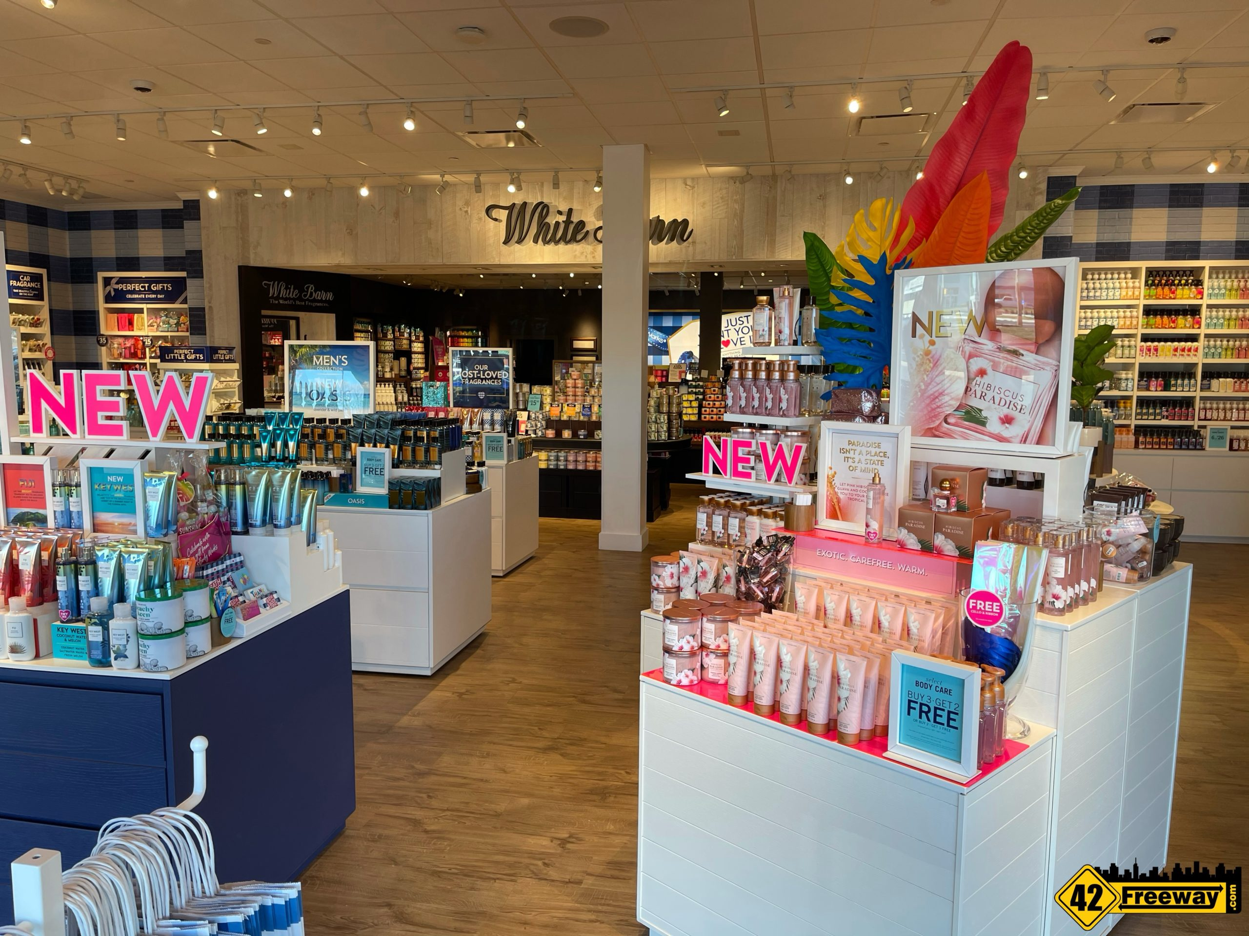 Bath and Body Works OPEN in Washington Township!  Michaels Opens April 1st!  Spring is Here!